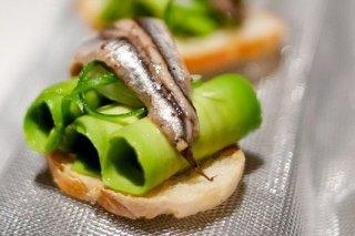 Receta de aguacates con anchoas