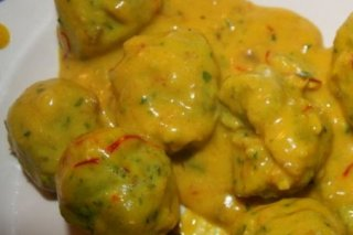 Receta de albóndigas de merluza con salsa de limón