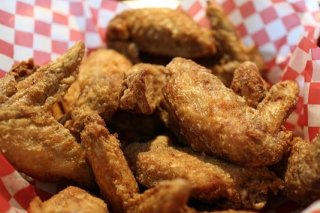 Receta de alitas de pollo crujientes marinadas
