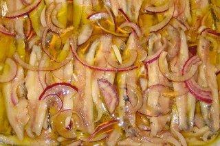 Receta de anchoas marinadas con cebolla
