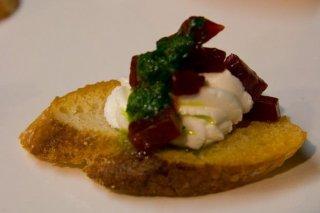 Receta de aperitivos de queso y remolacha
