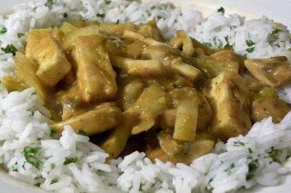 Receta de arroz blanco con pollo al curry