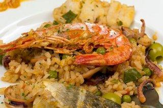 Receta de arroz con bacalao y gambones