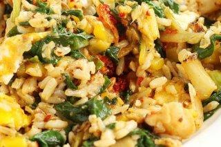 Receta de arroz con huevo y espinacas