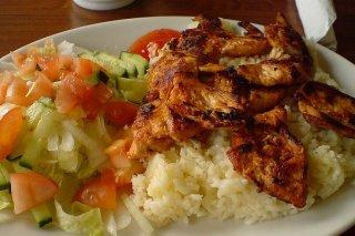Receta de arroz con pollo y ensalada