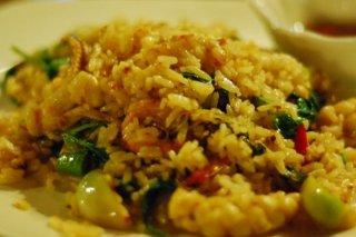 Receta de arroz frito tailandés