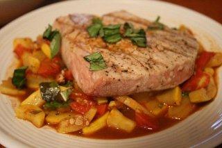 Receta de atún con tomate y calabazada
