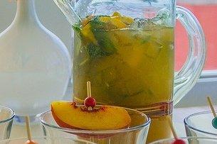 Receta de bebida de naranja y melocotón