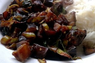 Receta de berenjenas cocidas con salsa de tomate