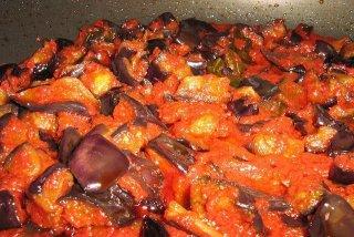 Receta de berenjenas con tomate