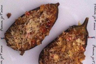 Receta de berenjenas rellenas con ternera y queso
