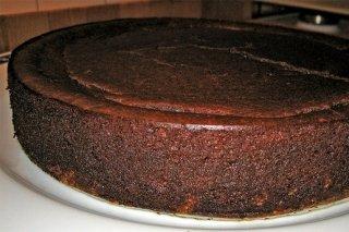 Receta de bizcocho de chocolate con base de galletas