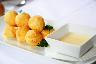 Receta de bolitas de queso y nueces