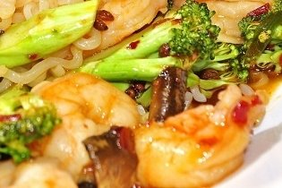 Receta de brócoli con gambas salteado