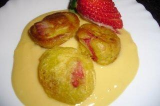 Receta de buñuelos de fresas con natillas