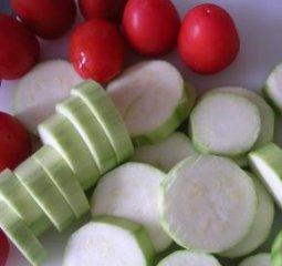 Receta de calabacines y tomates al horno