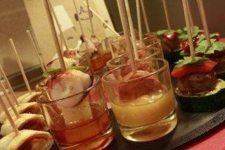 Receta de canapés variados con pulpo, chorizo, sobrasada y longaniza