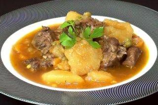 Receta de carne guisada de ternera con patatas