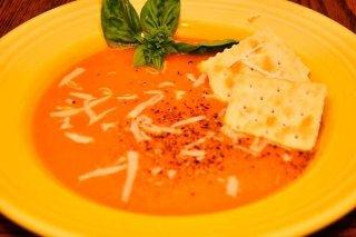 Receta de crema de tomate con parmesano