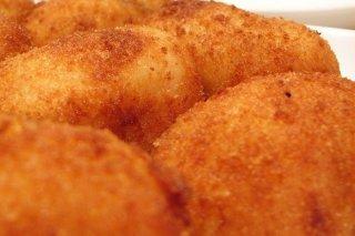 Receta de croquetas de bacalao y huevo