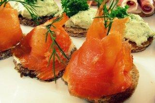 Receta de crostini de salmón