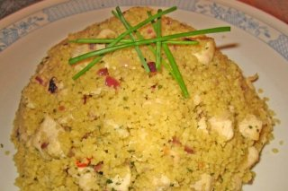 Receta de cuscús de pollo con berenjenas, pimiento y miel