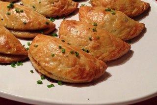 Receta de empanadillas de guisantes y queso