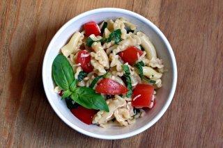 Receta de ensalada caprese de pasta