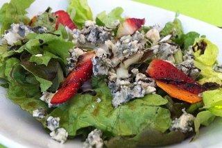 Receta de ensalada con fresones y queso azul