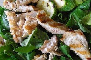 Receta de ensalada con pollo asado