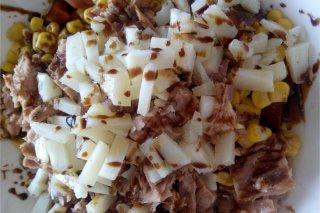 Receta de ensalada de atún con queso