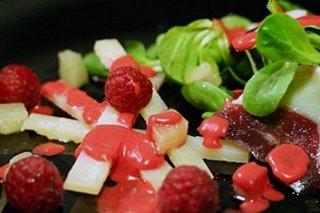 Receta de ensalada de canónigos con jamón de pato