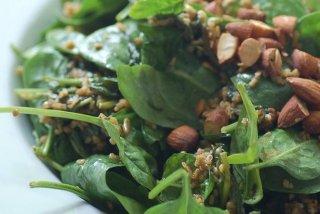 Receta de ensalada de espinacas con almendras