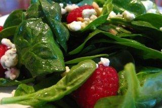 Receta de ensalada de espinacas con frambuesas