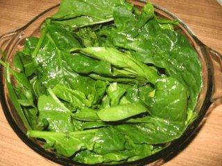 Receta de ensalada de espinacas con gambas