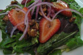 Receta de ensalada de fresas y nueces