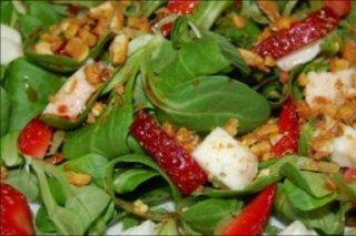 Receta de ensalada de canónigos y fresas