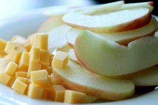 Receta de ensalada de manzana con queso