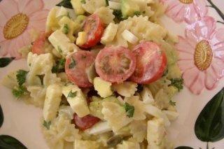 Receta de ensalada de pasta y aguacate