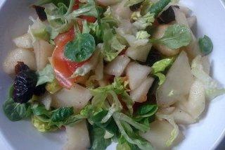 Receta de ensalada de peras con ciruelas
