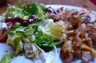 Receta de ensalada de pollo con kiwis y naranjas