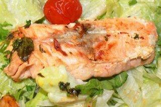 Receta de ensalada de salmón asado