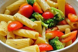 Receta de ensalada de tomate con brócoli