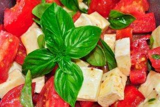 Receta de ensalada de tomate con vinagreta de miel
