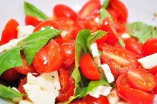 Receta de ensalada de tomate y queso