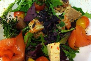 Receta de ensalada de verano con langostinos