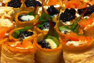 Receta de volovanes variados con queso, caviar y salmón