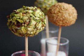 Receta de lollipops de queso y frutos secos