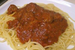 Receta de espaguetis con albóndigas de cerdo