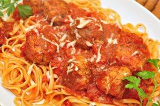 Receta de espaguetis con albóndigas de paté